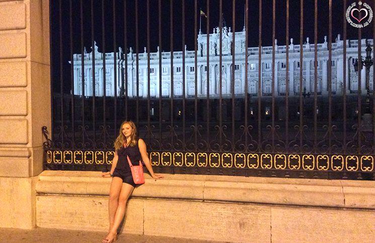 palacio-real-im-hintergrund