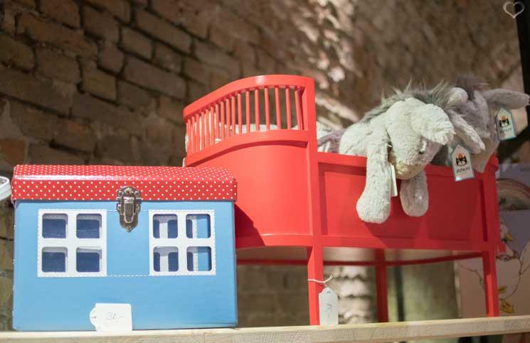 palazzo-bambini-skandinavisches-blechspielzeug-jellycat