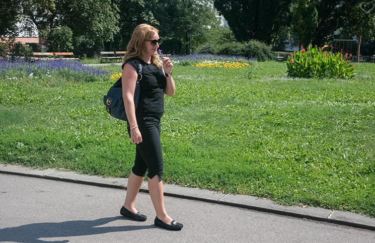 elegantes Outfit bei heißem Wetter