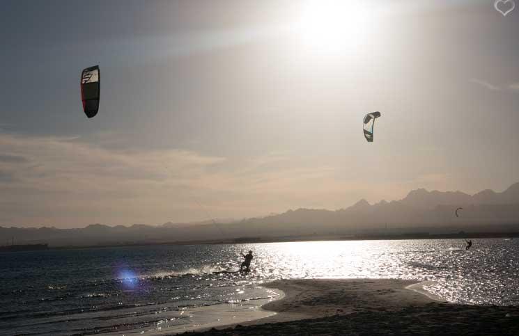 traumhaftes-wetter-Kitesurfen-in-Ägypten