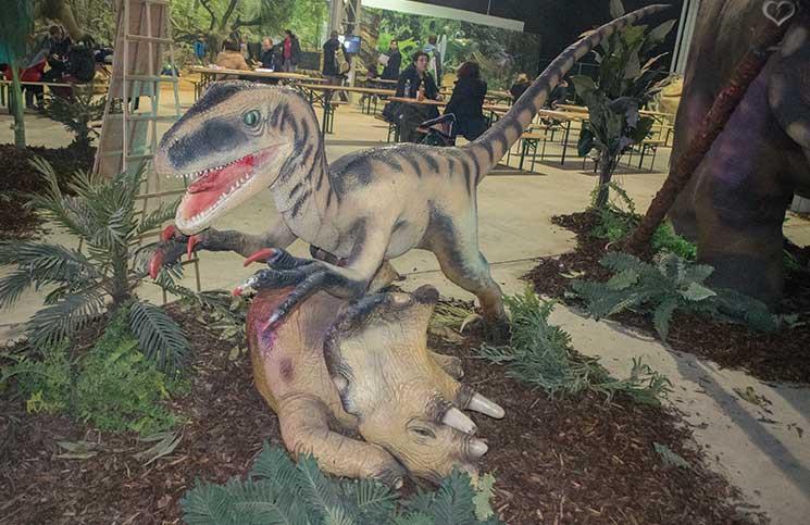 world-of-dinosaurs-kampf-der-dinosaurier