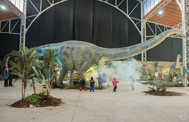world-of-dinosaurs-plateosaurus